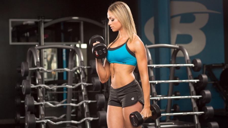 4 tips για αδύνατα κορίτσια: Πως ένα αδύνατο σώμα μπορεί να γίνει μυώδες