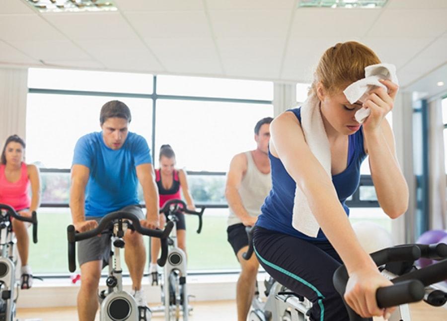 Κύρια φωτογραφία για το άρθρο: Γιατί η άσκηση σε υψηλές θερμοκρασίες δεν είναι τόσο αποτελεσματική όσο πιστεύετε