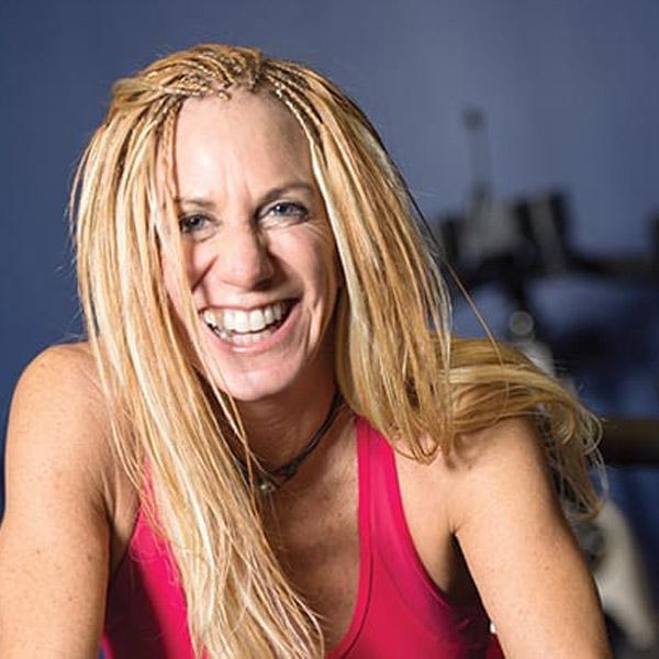 Μέλος της ομάδας της MPBalatsinos: Lori Lowell